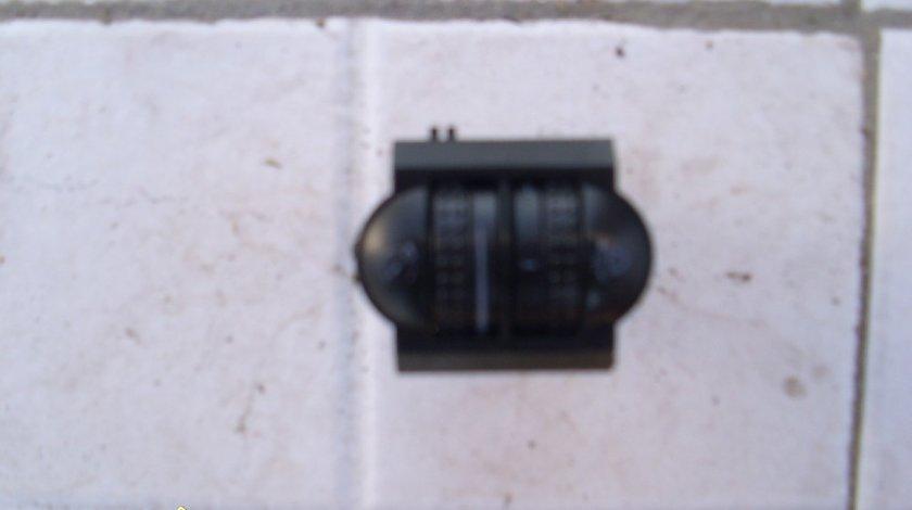 Buton lumina bord VW Passat B5