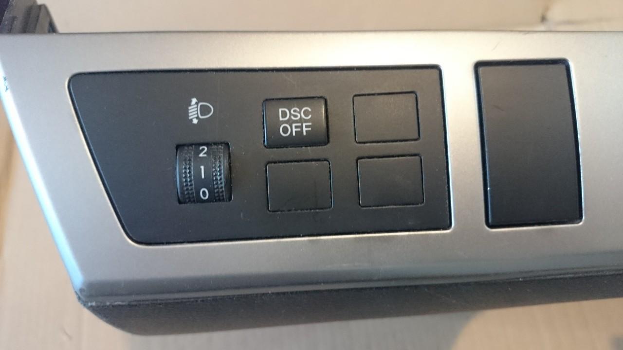 Buton reglaj faruri DSC OFF Mazda 3 (2009-2014)