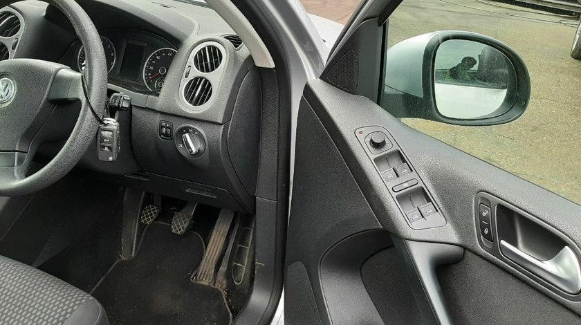 Buton reglaj oglinzi Volkswagen Tiguan 2010 SUV 1.4 TSI