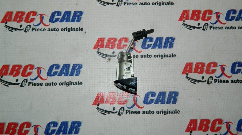 Butuc usa stanga fata Audi A4 B8 8K cod: 8T12837167168