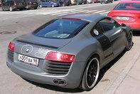 Bwhaha! Audi R8 de la BMW