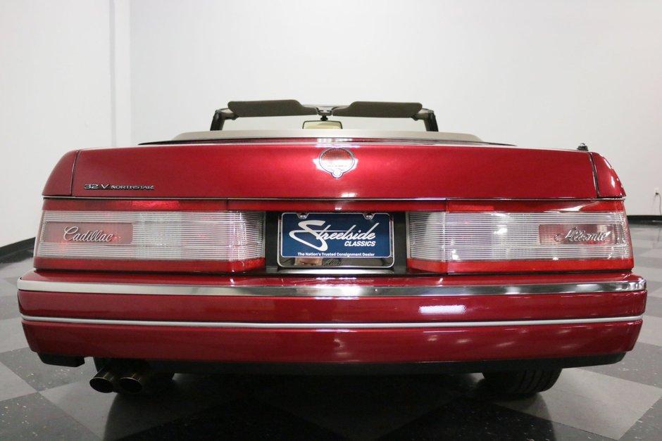 Cadillac Allante de vanzare