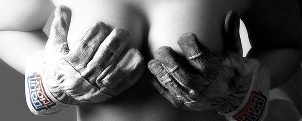 Cadou de Craciun de la Liqui Moly - Pictorial incendiar, super-sexy si... nud