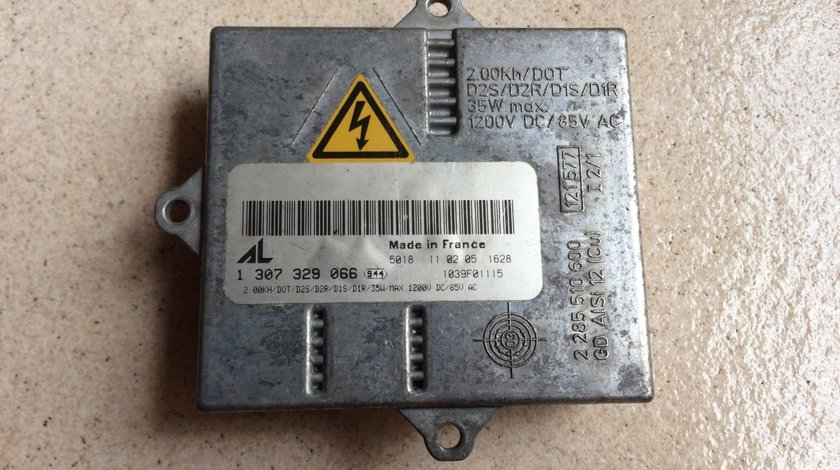 Calculator / Balast Far Xenon - Audi A3 , TT  * 4D0907476B / 1307329066  *