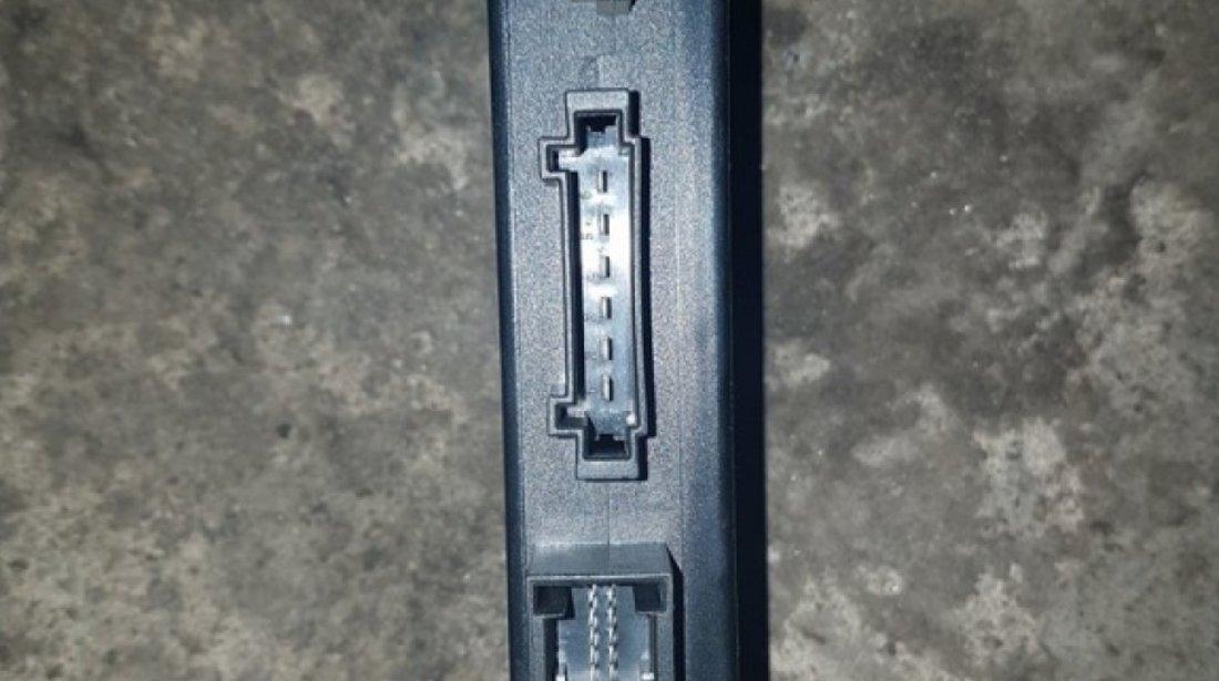 Calculator carlig remorcare 8e0907383c audi a4 b6 2001-2004