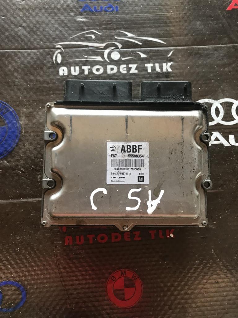 Calculator motor ECU Opel Astra J 1.7CDTI 55588354