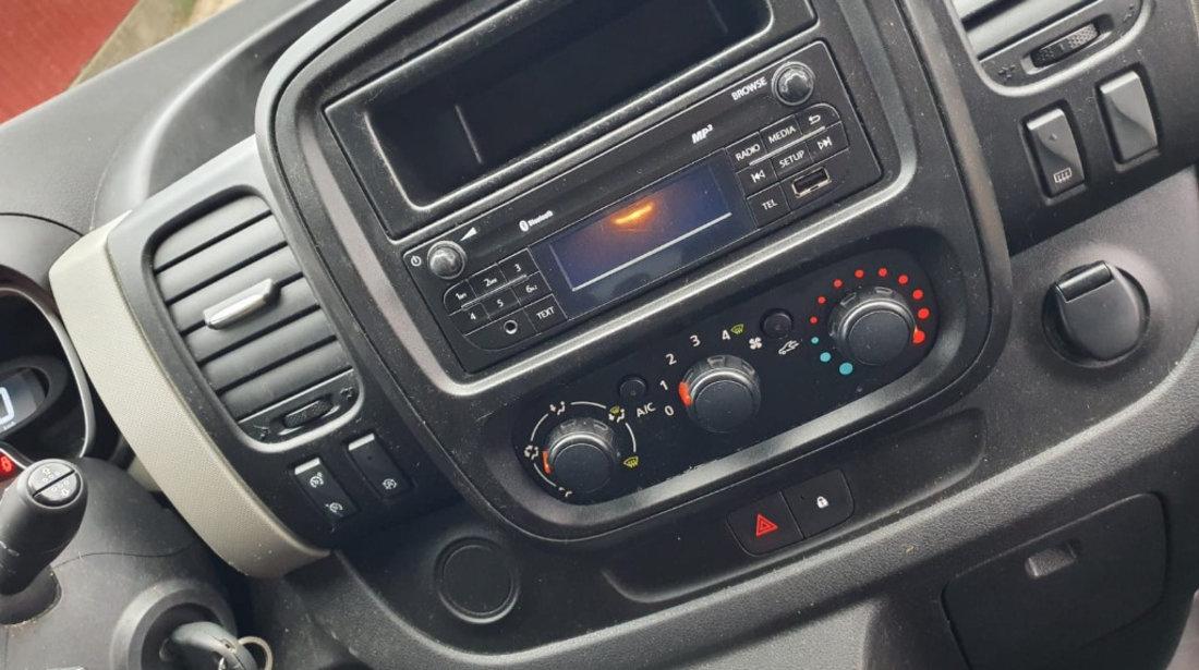 Calculator motor ECU Renault Trafic 2015 van 1.6dci