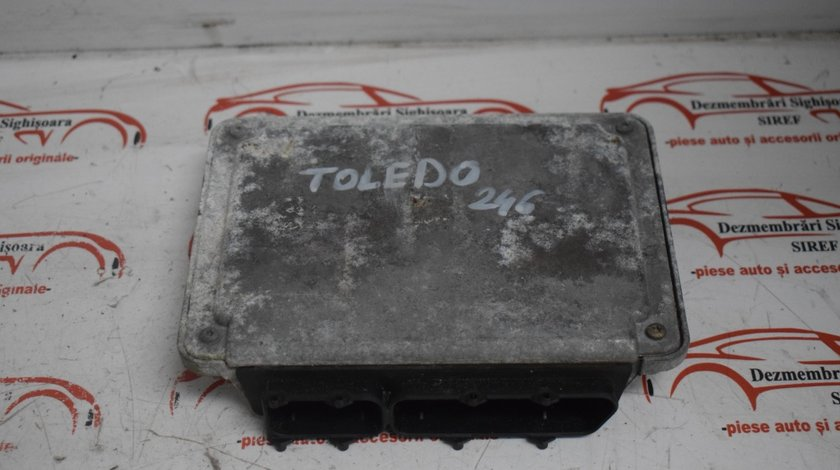 Calculator motor Ecu Seat Toledo 2.3 benzina 071906018K 246