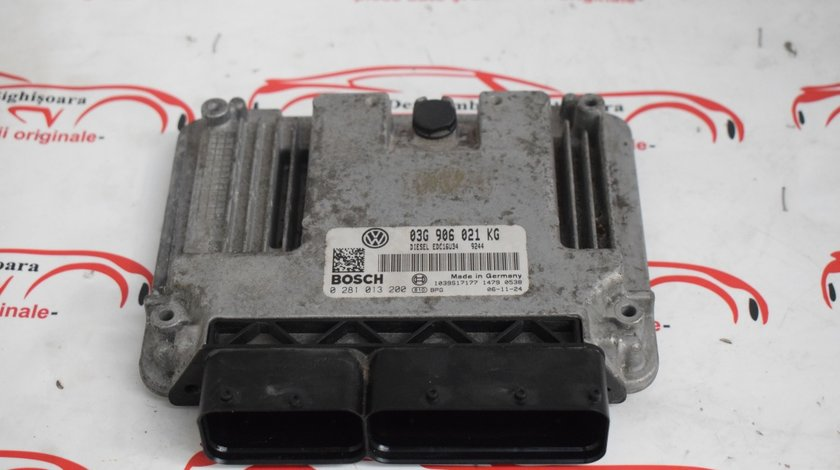 Calculator motor ECU VW Golf 5 03G906021KG 521