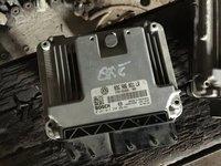 Calculator motor ECU Vw Golf 5 1.9 TDI 2005 2006 2007 2008