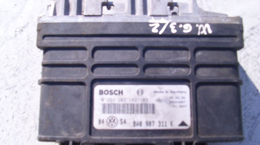 Calculator motor fara cip VW Golf 3 1.8i; 0261 203 182/183 // 8A0 907 318 K