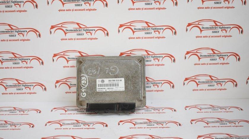 Calculator motor Volkswagen Golf 4 1.6 Sr benzina 2000 06A906019K