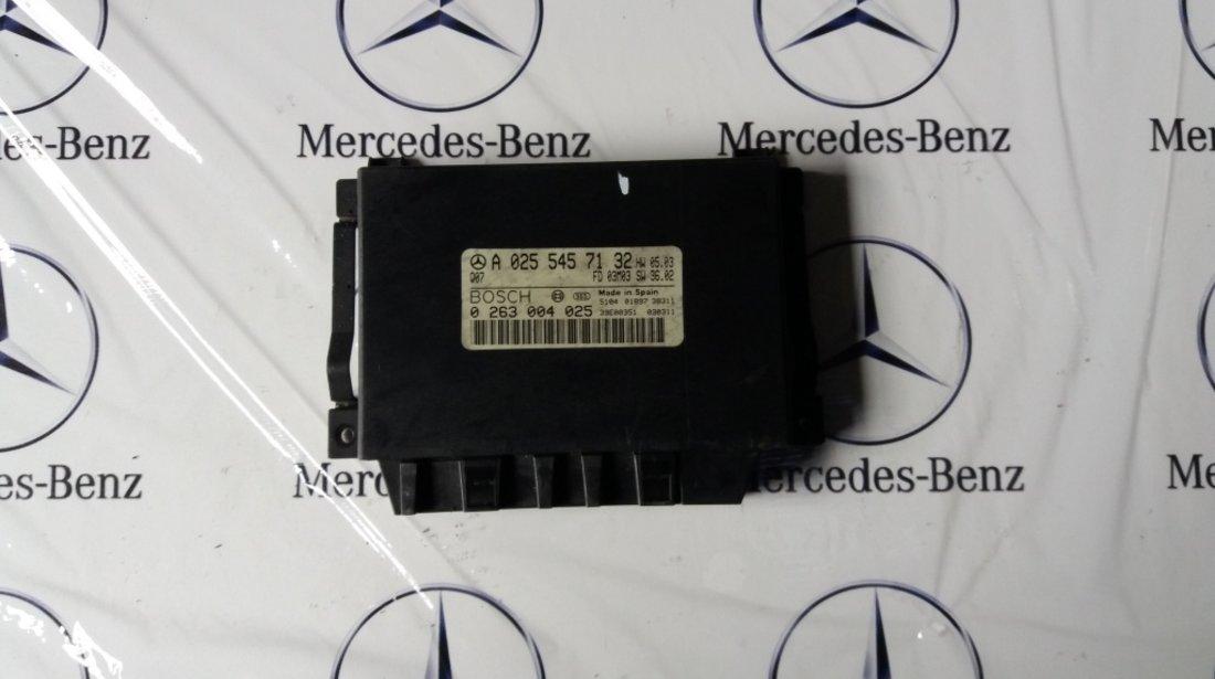 Calculator parktronic mercedes e class w211 cod A 0255457132