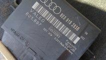 Calculator Senzori Parcare Audi A4 B7 2006 cod 8E0...
