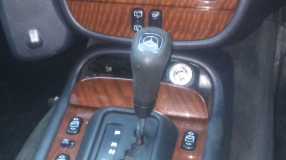 Calorifer radiator caldura Mercedes M-CLASS W163 2004 SUV 2.7 cdi
