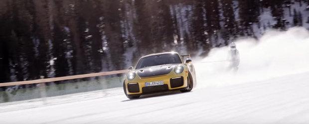 Cand nu lanseaza masini tari, Porsche face...balet pe un lac inghetat. Uite aici intreaga aventura