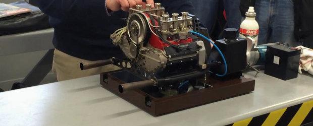 Cand pasiunea nu cunoaste limite: Mini-motorul Porsche complet functional