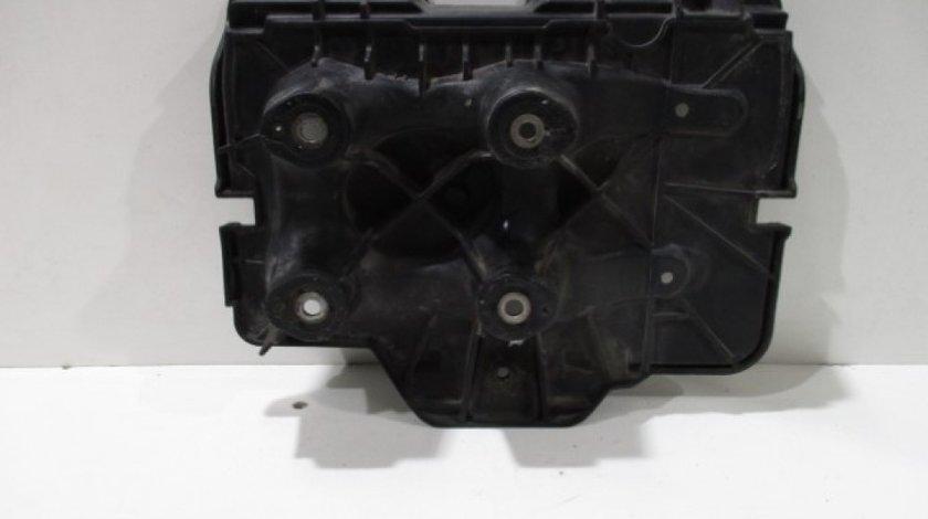 Capac baterie VW Golf 4 1.6 / 1.4 16V an 1999-2004 cod 1J0915333A