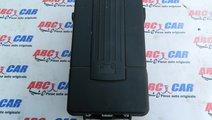 Capac baterie VW Jetta (1K) cod: 3C0915443A model ...