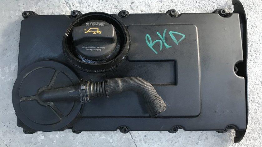 Capac culbutori motor BKD Vw Golf 5 Touran Audi A3 Octavia 2