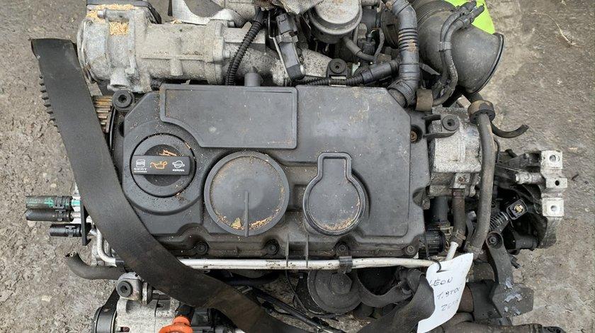 Capac culbutori Volkswagen Touran 1.9 TDI 105 cai motor BLS 2008