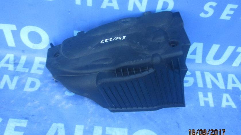 Capac motor BMW E46 320d ; 1114787331 (spate)