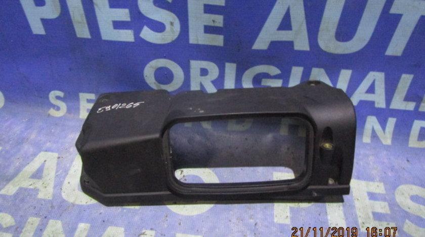 Capac motor BMW E90 320d 2.0d M47D20 2006;  7787254 (filtru aer)