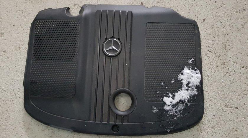 Capac motor Mercedes GLK X204 2.2 CDI 2009 2010 2011 2012