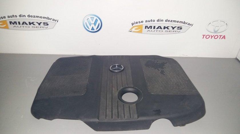 Capac motor Mercedes W 204
