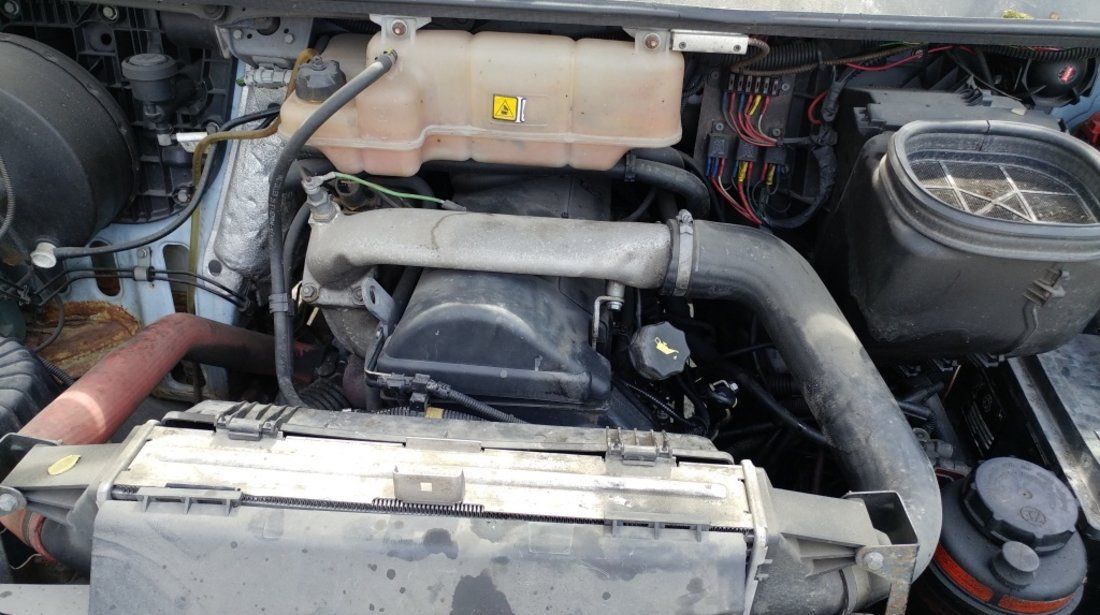 Capac motor protectie Iveco Daily II 2001 DUBA 2.8