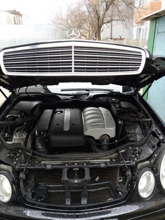 Capac motor protectie Mercedes E-CLASS W211 2002 berlina 2.2