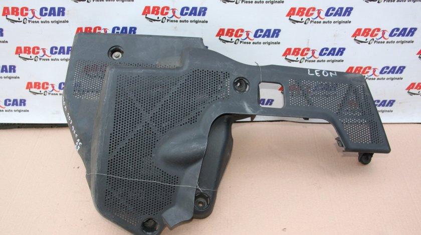 Capac motor Seat Leon 1M1 1.6 benzina 1999-2005 06A119518D
