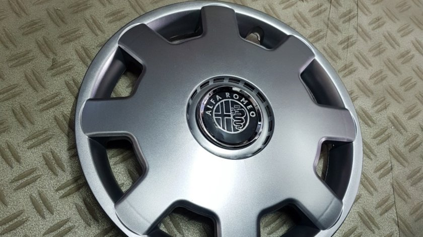 Capace Alfa Romeo r13 la set de 4 bucati cod 105
