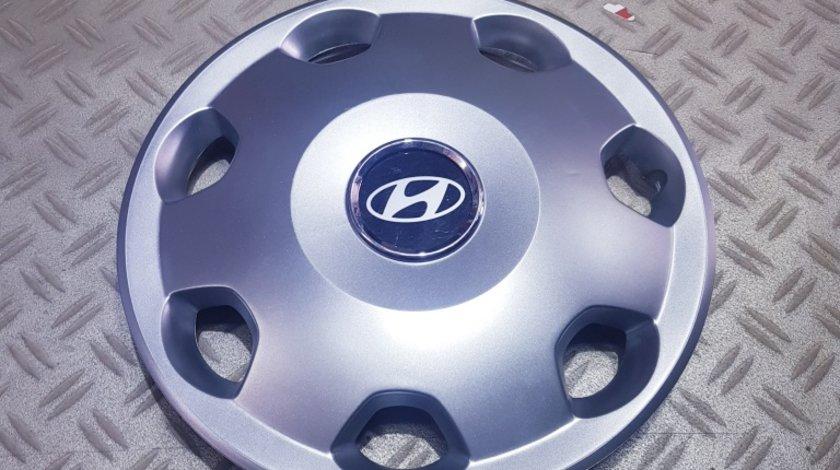 Capace r13 Hyundai la set de 4 bucati cod 106