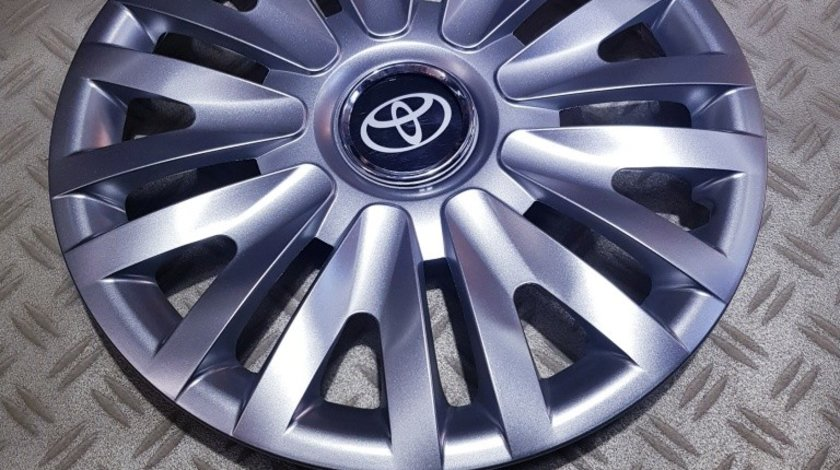 Capace r15 Toyota la set de 4 bucati cod 313