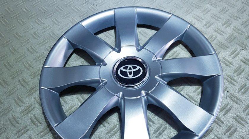 Capace r15 Toyota la set de 4 bucati cod 323