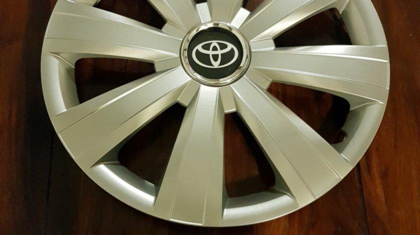 Capace r15 Toyota la set de 4 bucati cod 328