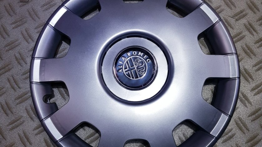 Capace roti Alfa Romeo r14 la set de 4 bucati cod 212