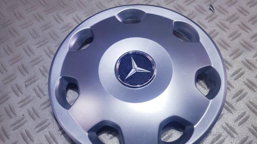 Capace roti Mercedes r13 la set de 4 bucati cod 106