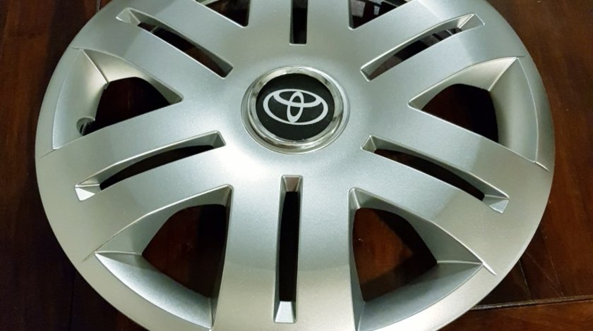 Capace roti Toyota r16 la set de 4 bucati cod 406