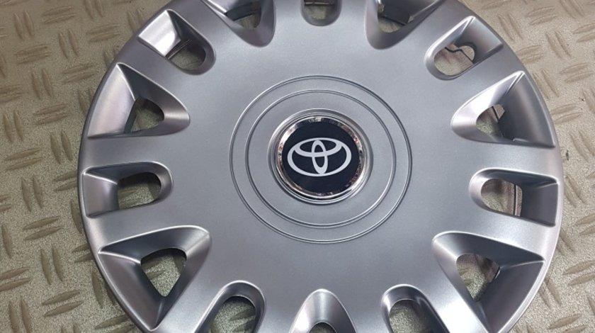 Capace Toyota r15 la set de 4 bucati cod 333