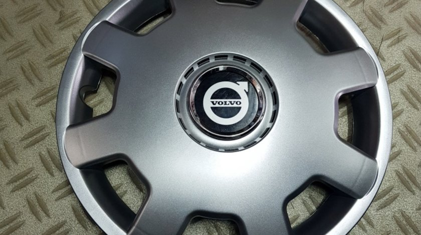 Capace Volvo r13 la set de 4 bucati cod 105