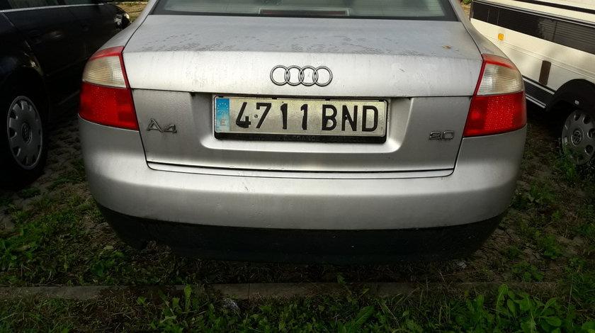 Capota portbagaj Audi A4 B6 berlina/limuzina, 2001,2.0 benzina,131CP,culoare LY7W, stare foarte buna