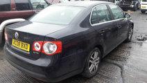 Capota portbagaj spate Volkswagen Jetta 2008 Sedan...