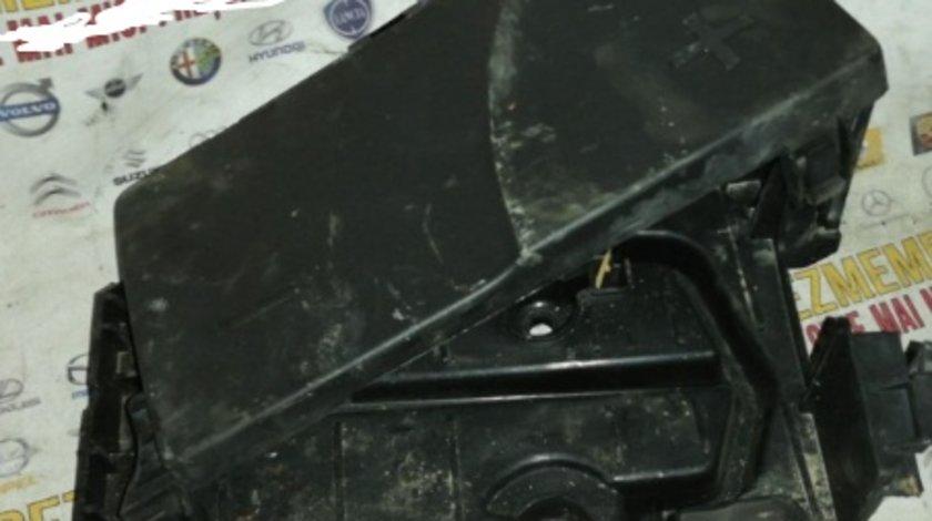 Carcasa baterie cu capac peugeot 407 2.0hdi