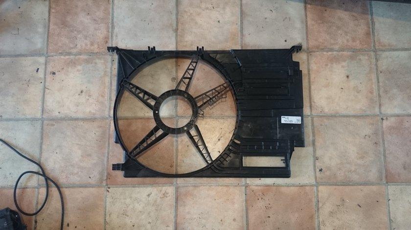 Carcasa electroventilator BMW X5 F15, F39, F45, F46, F48, F55 2.0d cod 7617609