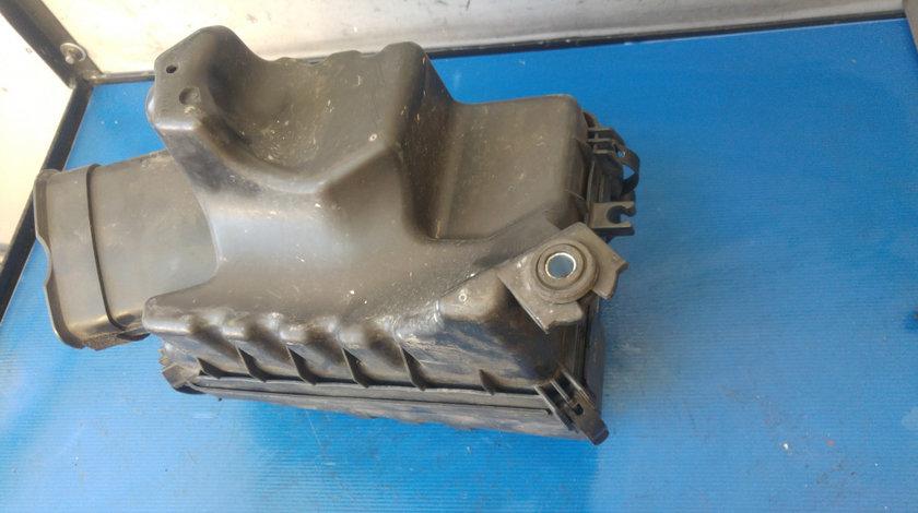 Carcasa filtru aer 2.0 crdi hyundai tucson 26100-2e250