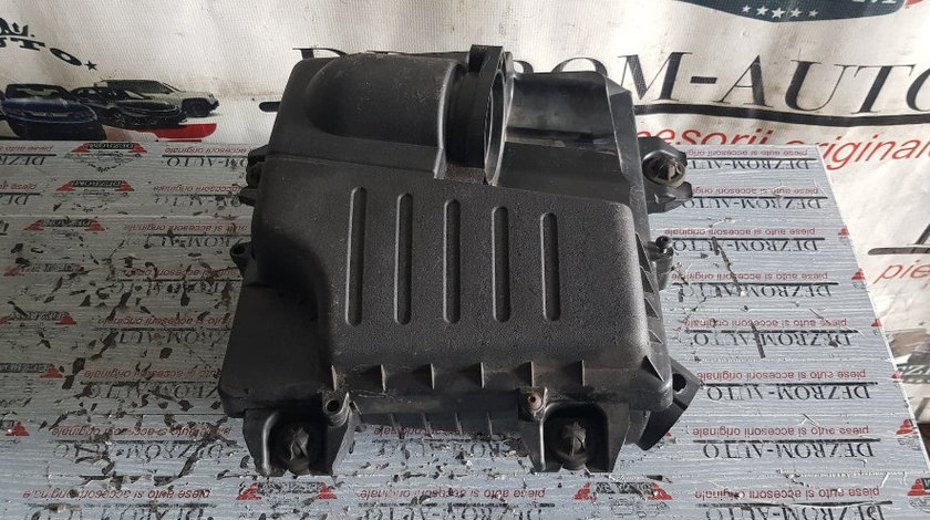 Carcasa filtru aer RENAULT Trafic II 2.0 dCi 90/114 CP cod 93856612