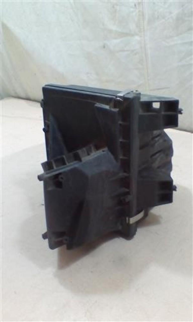 Carcasa filtru aer VW Passat / Skoda Superb 1.9TDI An 2000-2009 cod 3B0129614