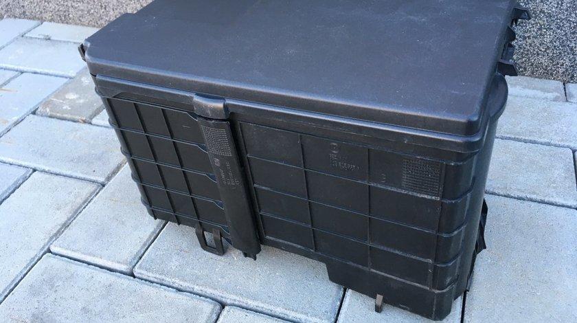 Carcasa protectie Baterie Vw Golf 5 , Caddy , Touran  ( 04'- 08' )